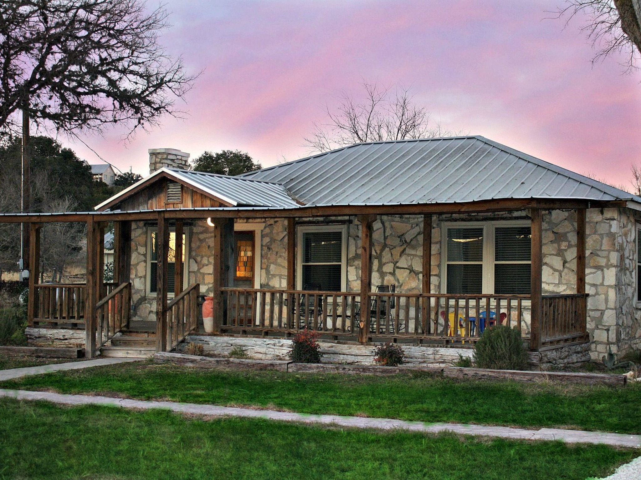 Remarkable Shepherds Rest Wimberley Tx Vacation Rentals By Choice Beutiful Home Inspiration Ommitmahrainfo