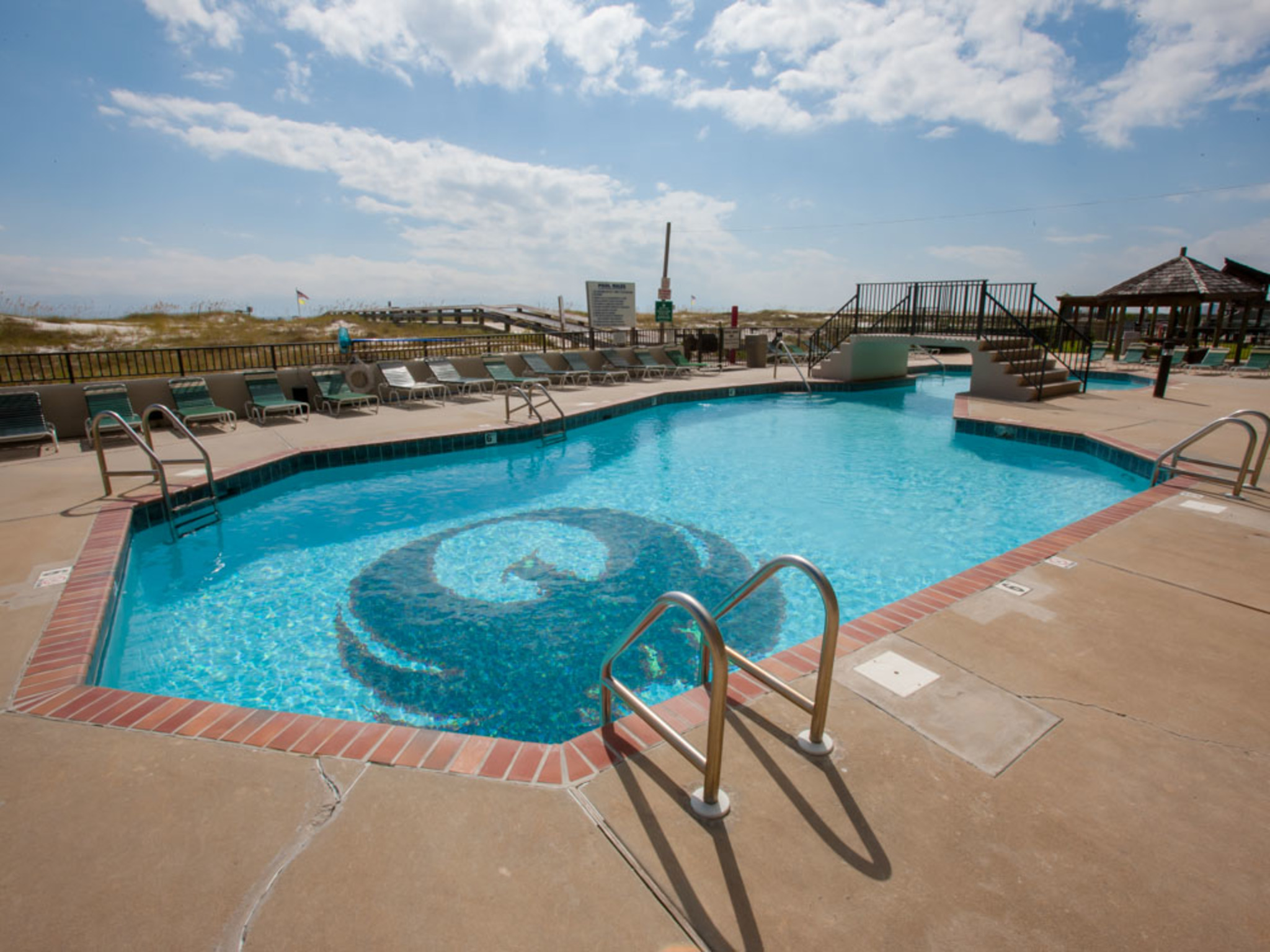 Phoenix East 905 Vacation Rentals By Choice Hotels 174